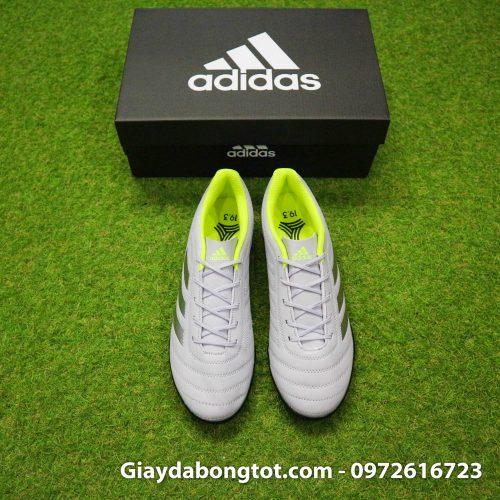 Giày đá banh sân cỏ nhân tạo Adidas Copa 19.4 có form giày thoải mái phù hợp với cả bàn chân bè mập