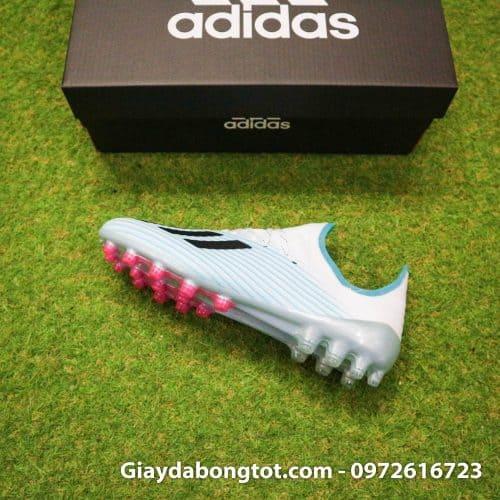 Giày đá bóng sân cỏ nhân tạo đinh cao AG có form giày đẹp mắt như giày của cầu thủ