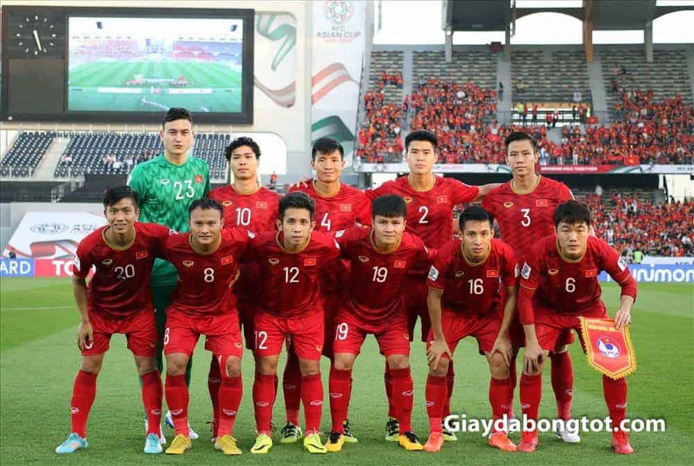 Đội tuyển Việt Nam thường sử dụng những mẫu giày yêu thích và quen chân