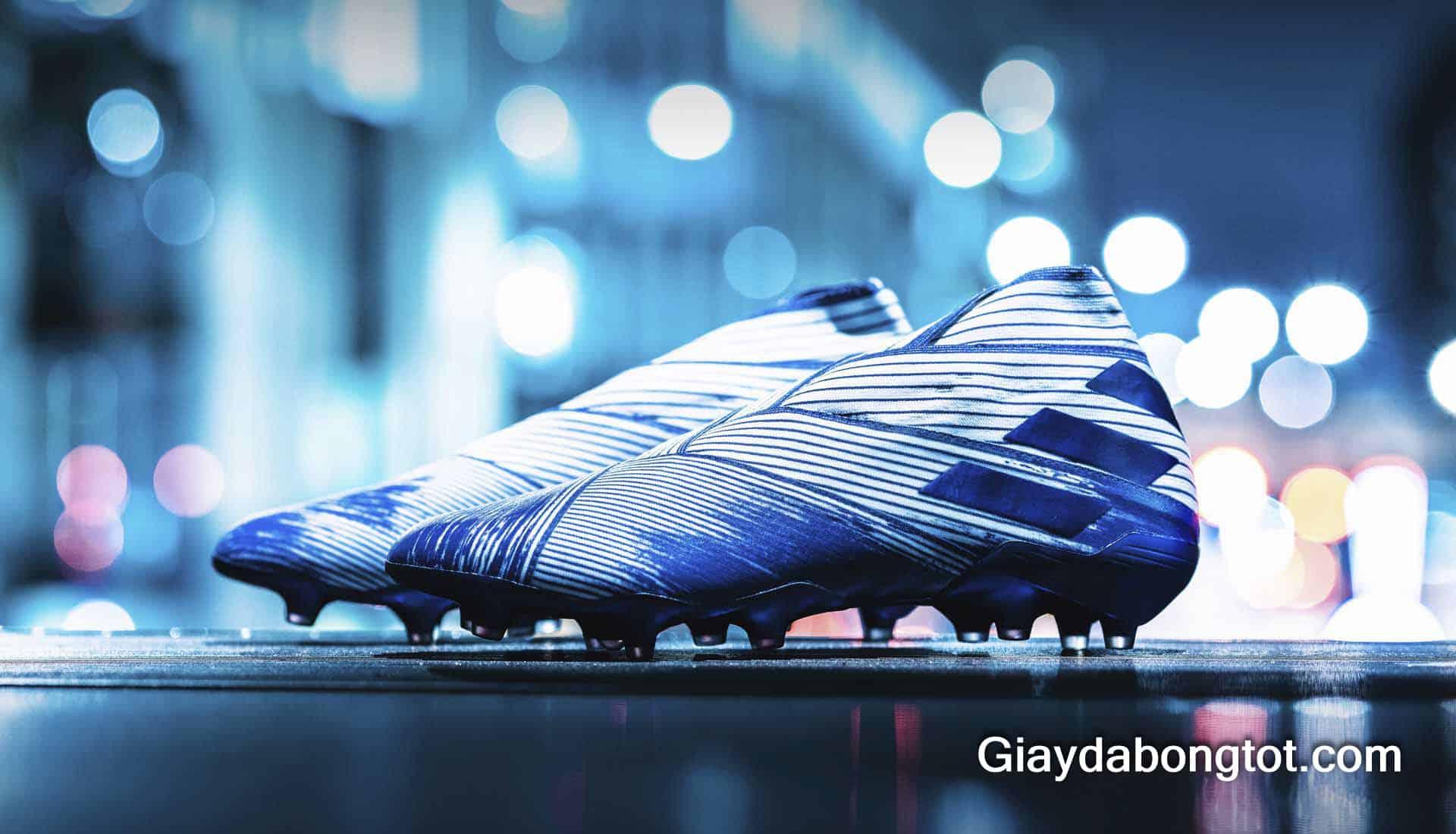 Dòng giày Adidas Nemeziz chính là dòng giày do siêu sao L. Messi đại diện