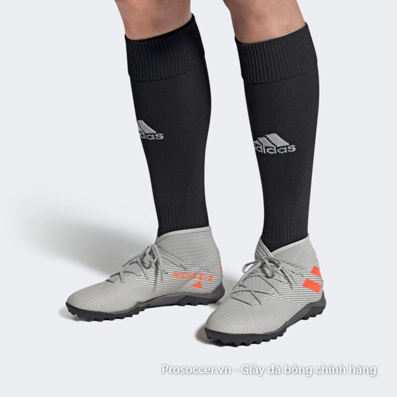 Giay da bong chinh hang Adidas Nemeziz 19.3 TF xam vach cam (1)