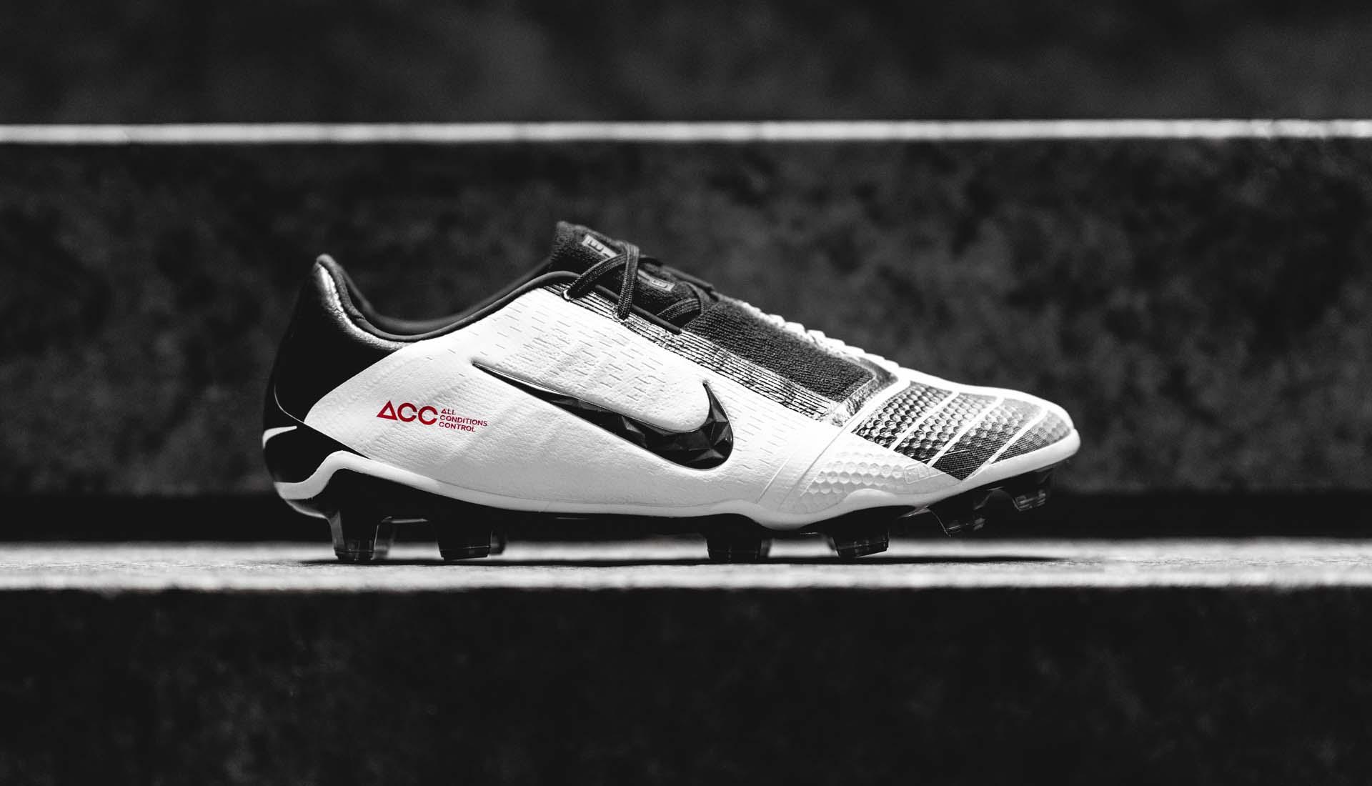 Công nghệ ACC được phủ trên da của giày Nike Phantom VNM Future DNA