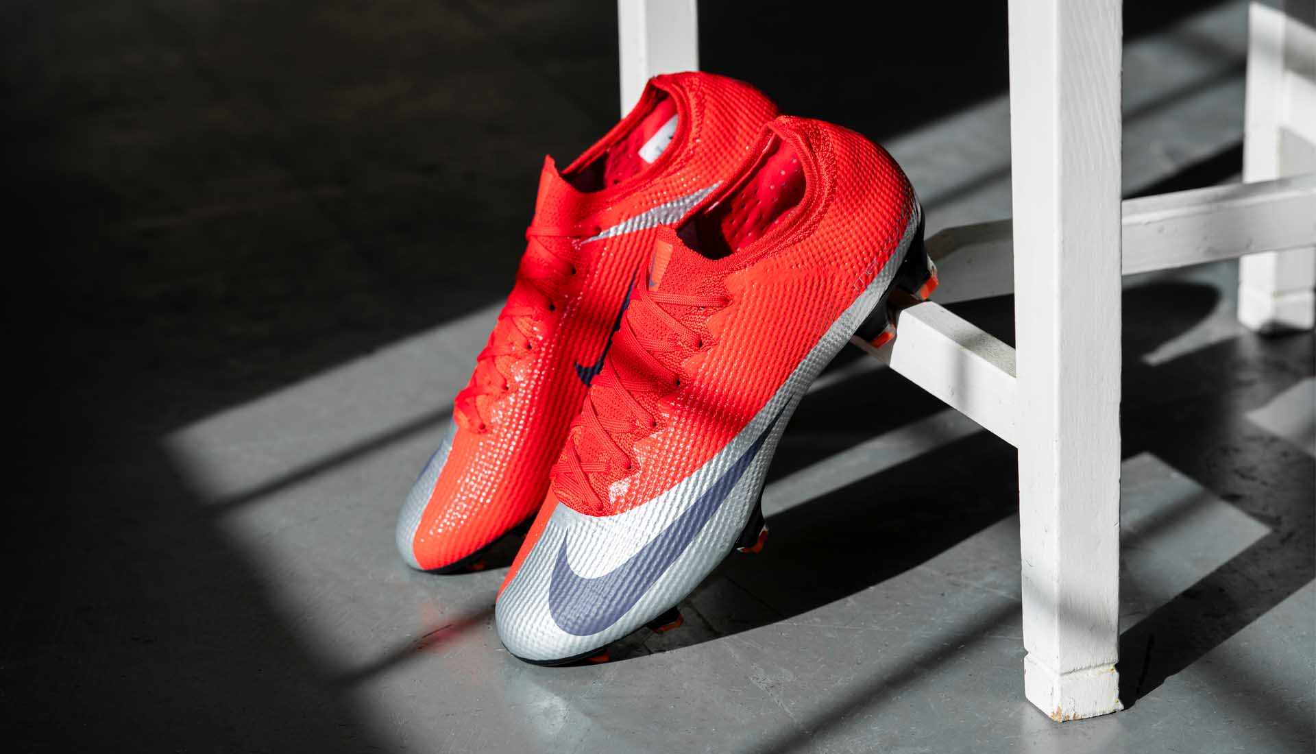Giày đá bóng Nike Mercurial Vapor 13 (XIII) mới nhất ra mắt năm 2019