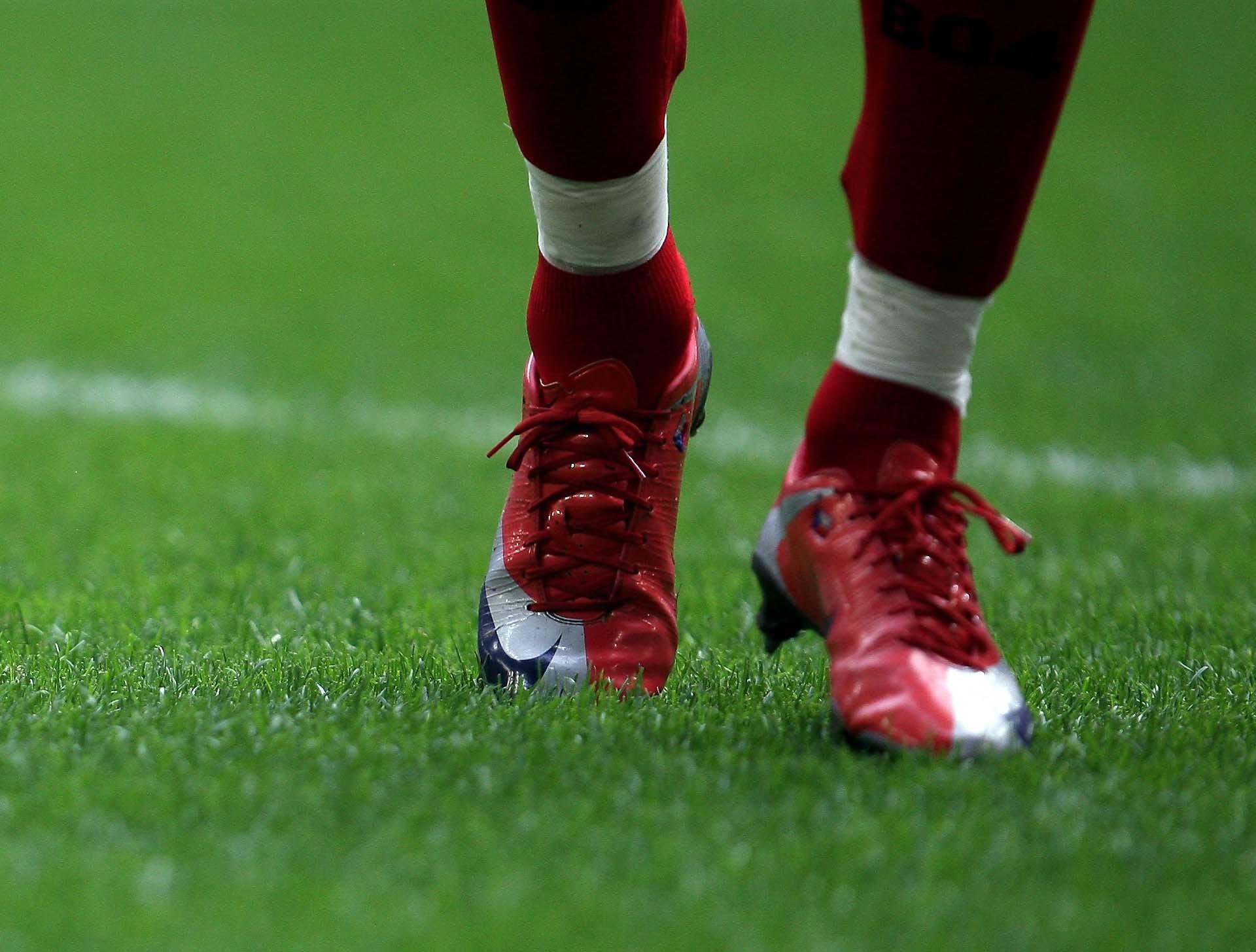 Giày Nike Mercurial Superfly I trên chân của Ronaldo vào năm 2009