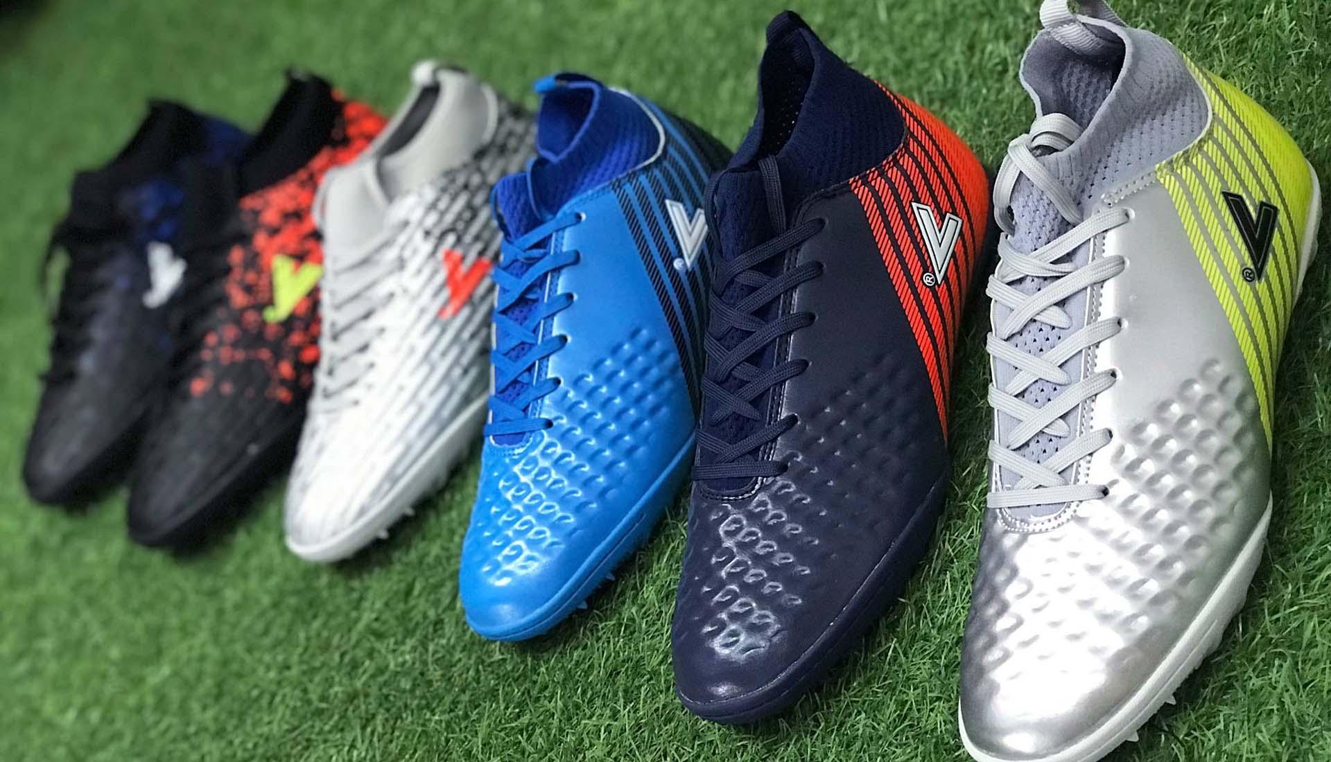 Giày đá bóng Mitre được sản xuất ở nước nào? Chất lượng có tốt không?