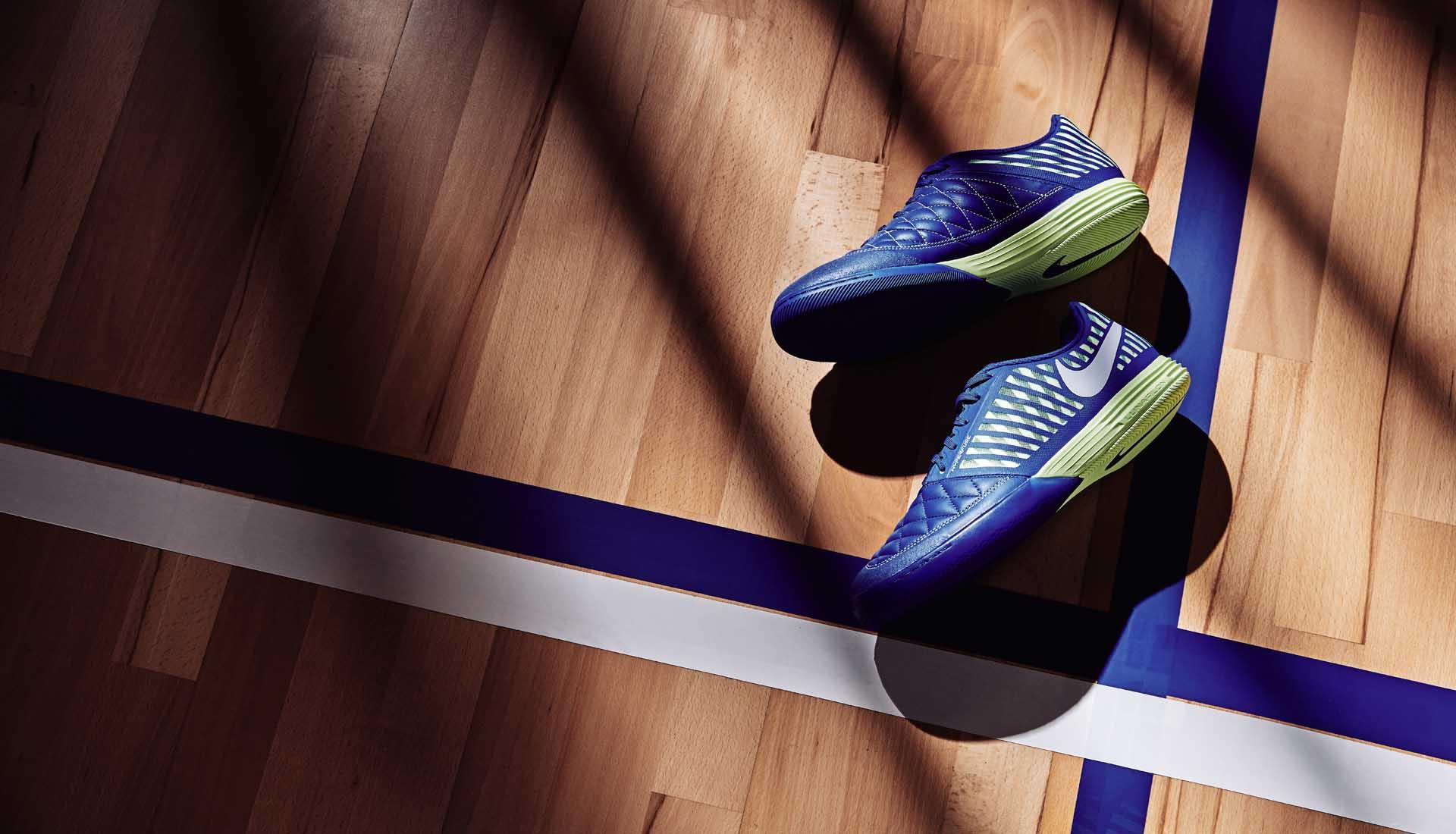 Giay da bong san co nhan tao Nike Skycourt pack (4)
