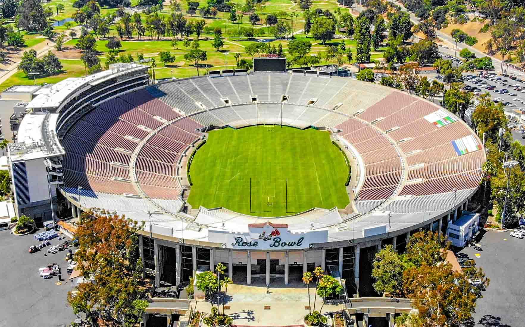 Sân bóng đá The Rose Bowl của Mỹ là một trong top 10 sân bóng đá lớn nhất thế giới