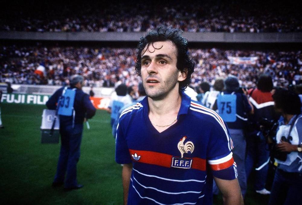 Huyền thoại Michel Platini của đội tuyển Pháp đã giành được 3 quả bóng vàng thế giới