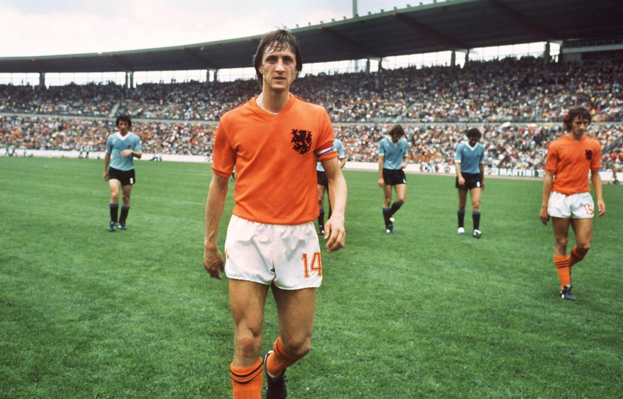 Johan Cruyff là huyền thoại của độ tuyển cơ lốc màu da cam Hà Lan