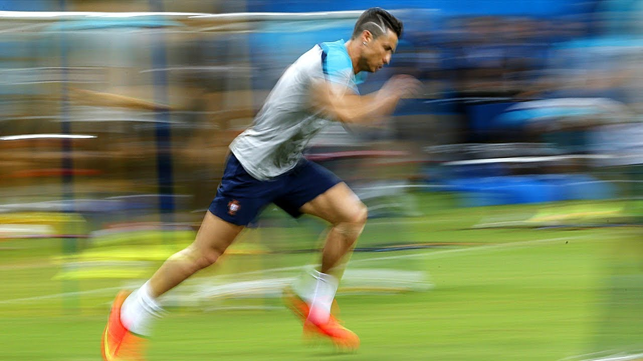 Cải thiện thể hình, thể lực sẽ giúp bạn chơi tốt hơn ở vị trí tiền vệ