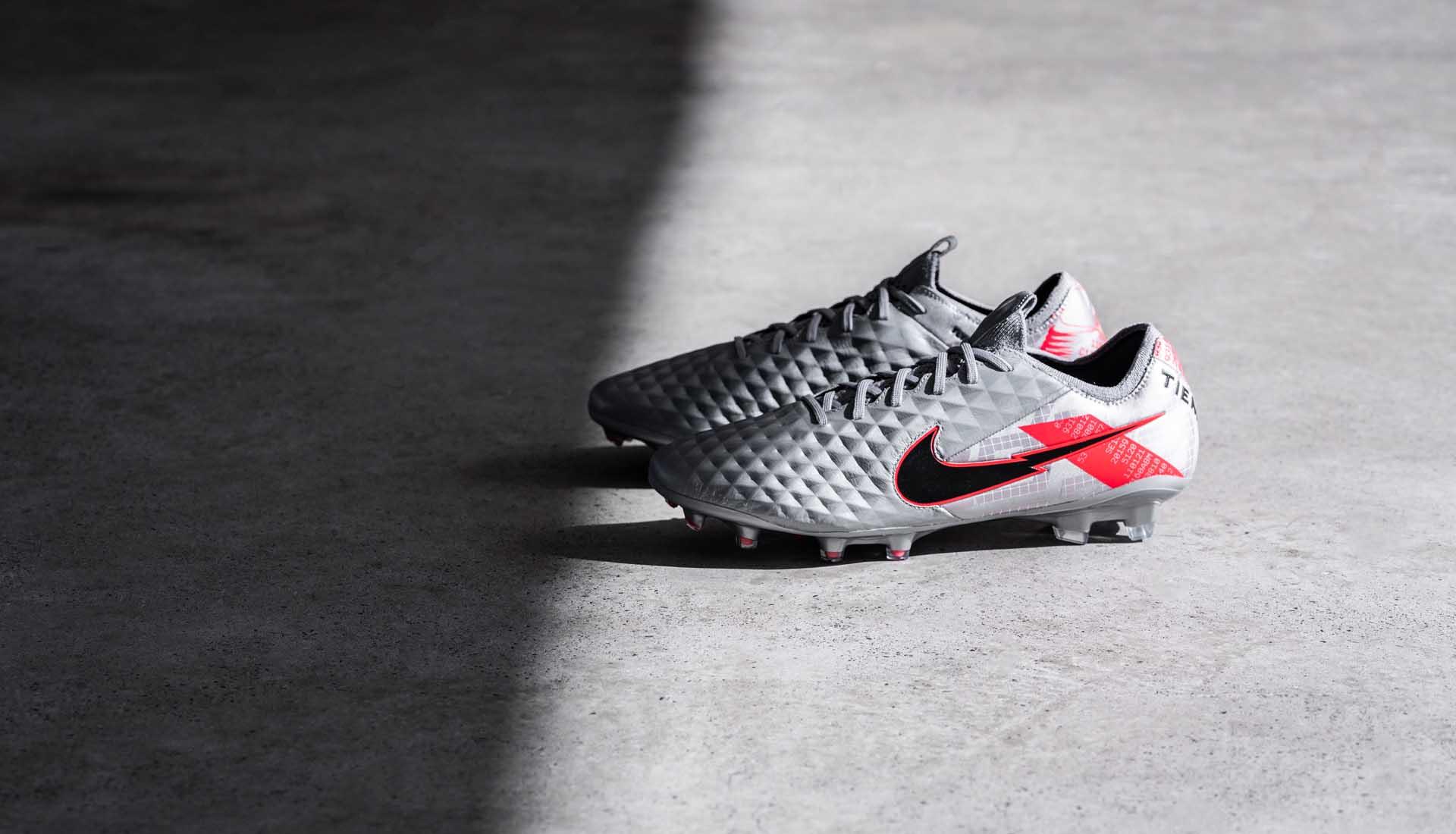Giày bóng đá đinh cao Nike Tiempo Legend 8 Neighbourhood Pack