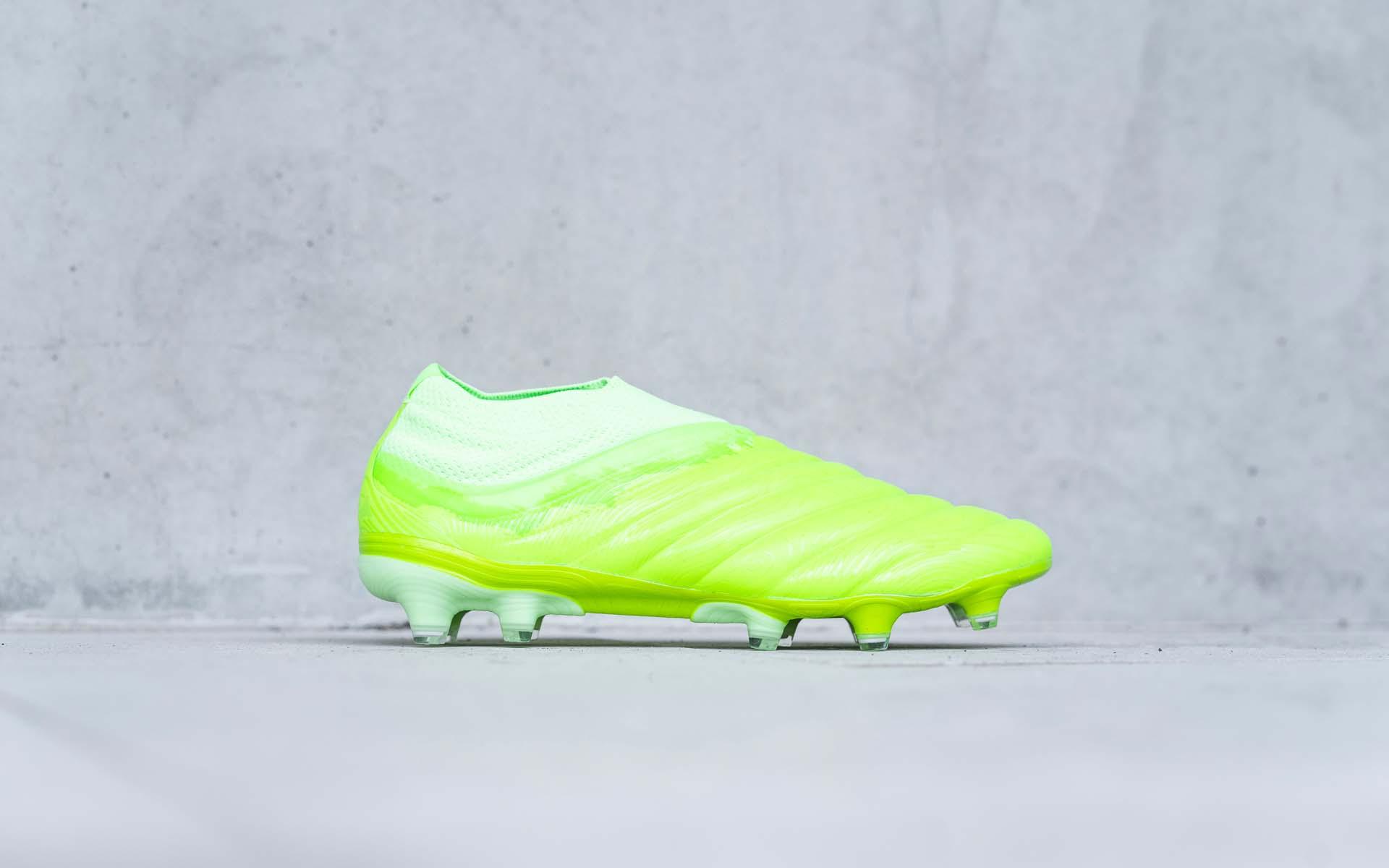 Giày Adidas Copa 19+ Locality Pack màu xanh nõn chuối cực kỳ đẹp mắt