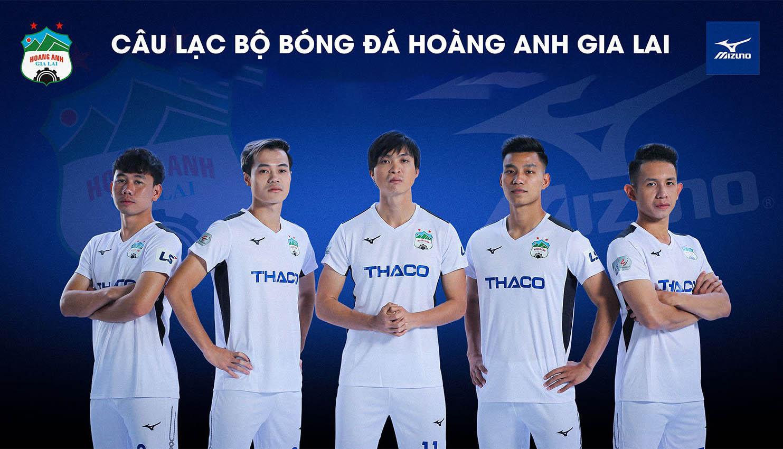 Câu lạc bộ bóng đá Hoàng Anh Gia Lai là CLB bóng đá chuyên nghiệp đầu tiên của Việt Nam
