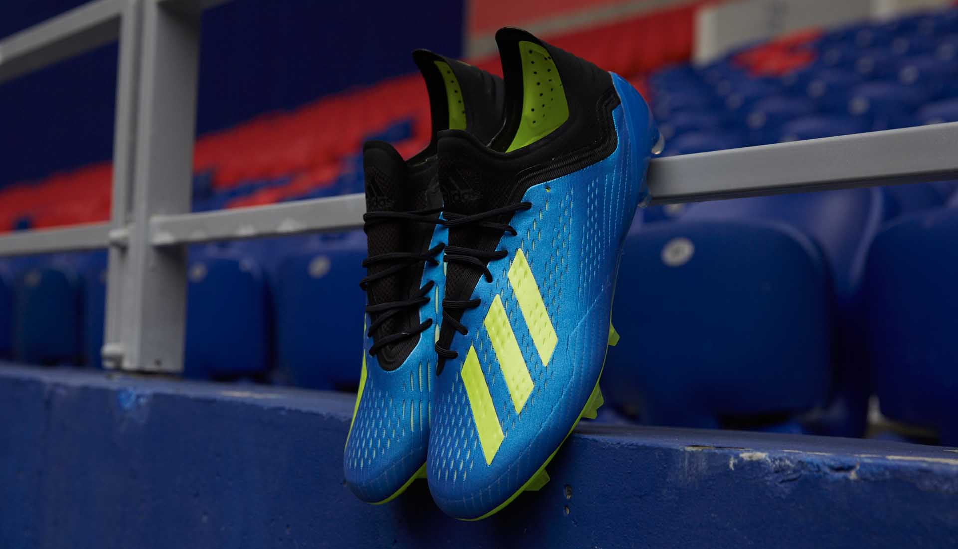Giày đá bóng Adidas X18.1 FG được ra mắt lần đầu tại Worldcup 2018 với màu xanh dương