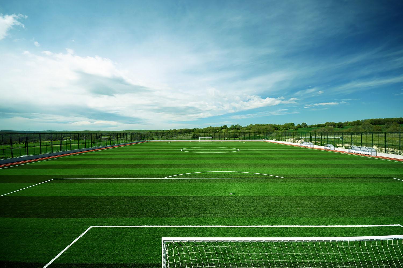 Kích thước sân bóng đá 9 người sẽ phụ thuộc vào điều kiện thể lực, thể hình và độ tuổi của cầu thủ
