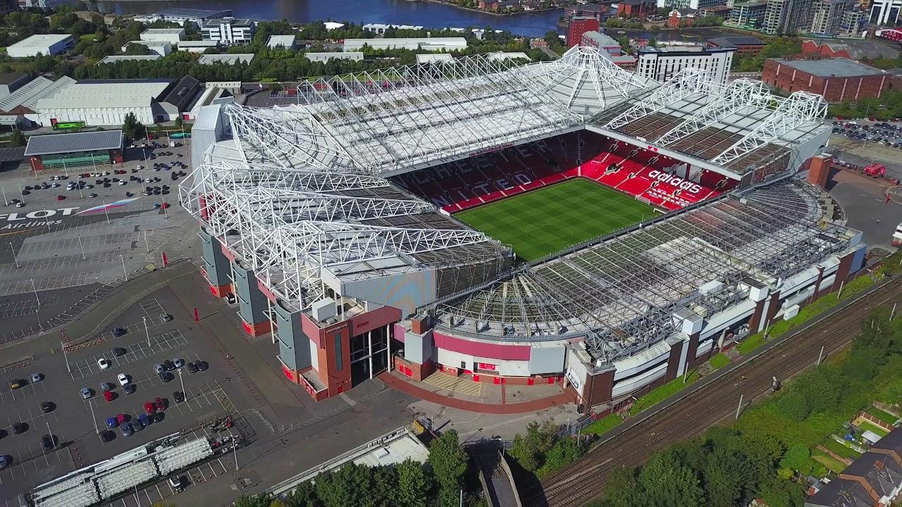 Sân vận động MU là Old Trafford - Nhà hát của những giấc mơ