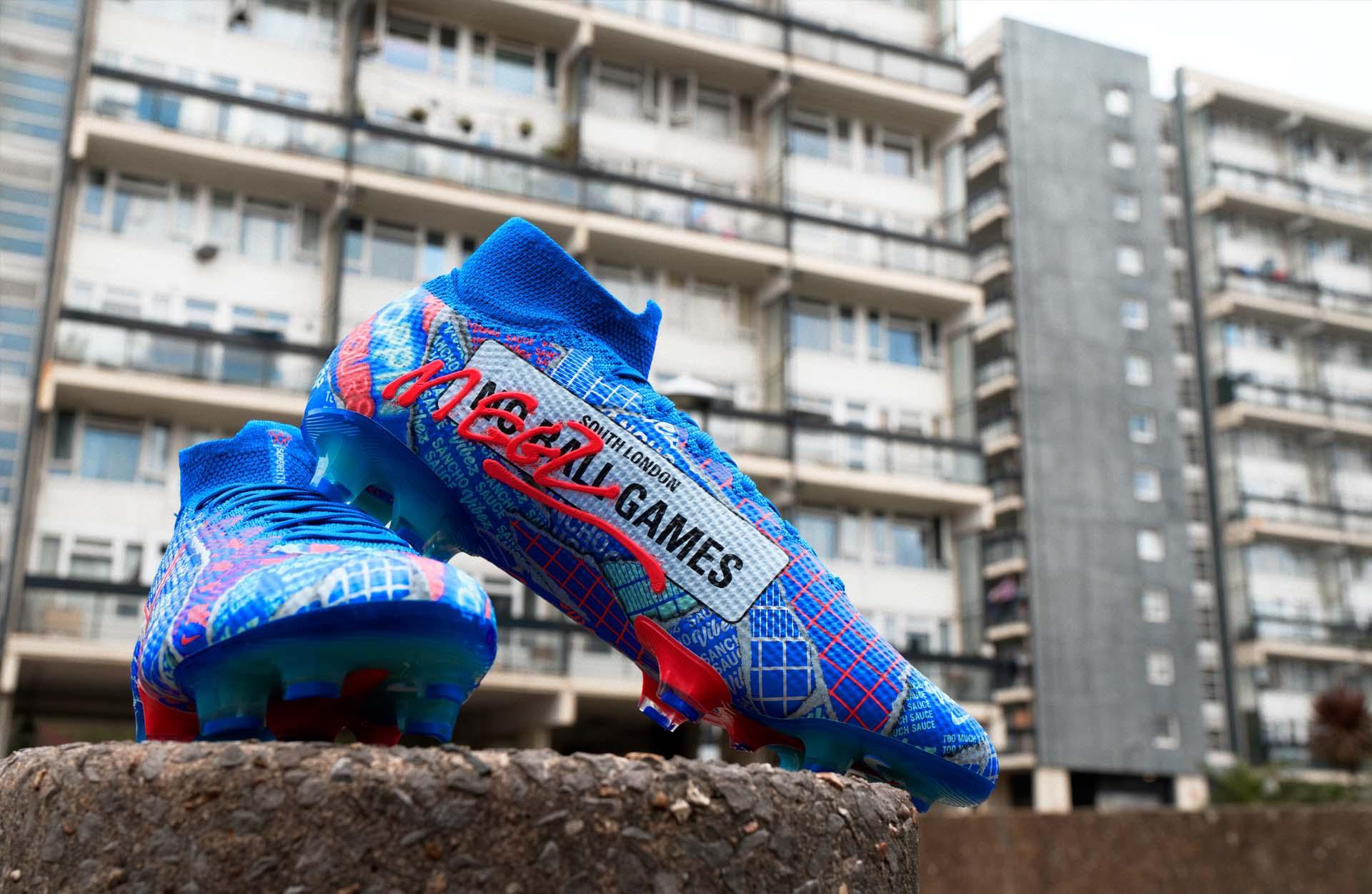 Nike thửa riêng giày đá bóng cho Jadon Sancho với thiết kế độc lạ và đẹp mắt