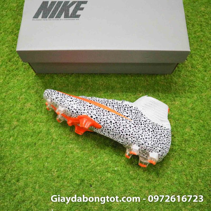 Giay bong da nike mercurial superfly 7 elite fg safari cr7 den trang (10)