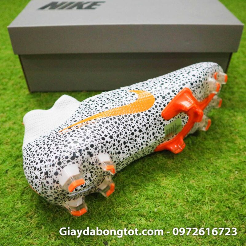 Giay bong da nike mercurial superfly 7 elite fg safari cr7 den trang (13)