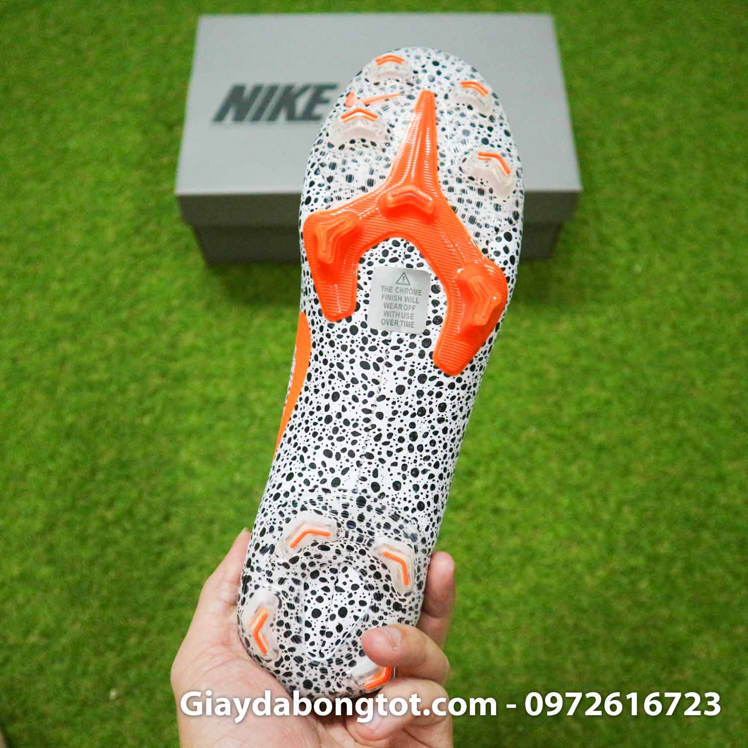 Giay bong da nike mercurial superfly 7 elite fg safari cr7 den trang (14)