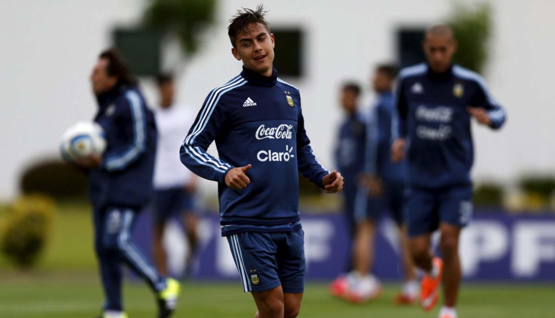 Dybala tập luyện cùng giày bóng đá Adidas Copa 2021 thế hệ mới