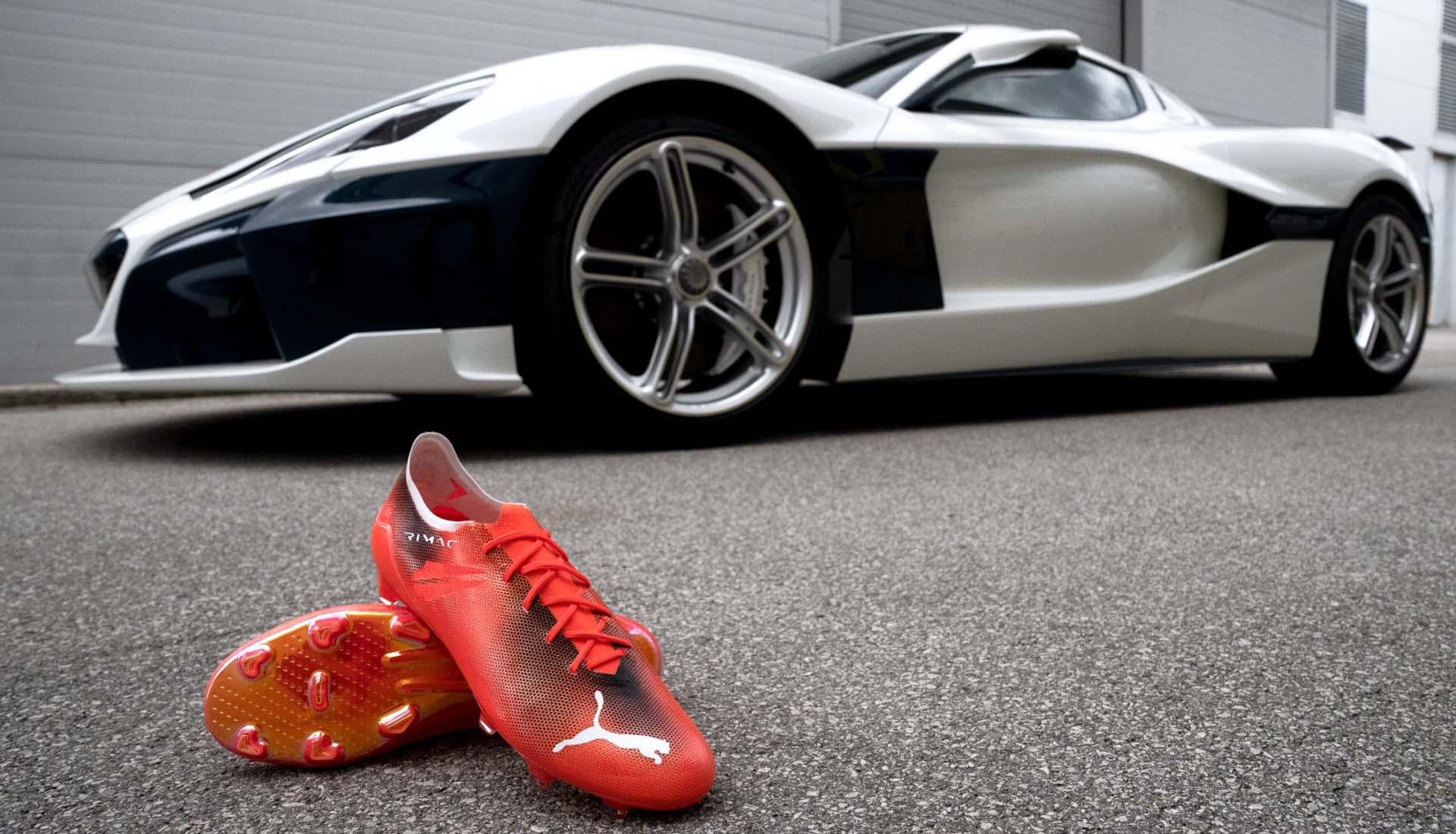 Mẫu giày đá bóng siêu nhẹ được đặt tên theo tên của siêu xe nhanh nhất thế giới