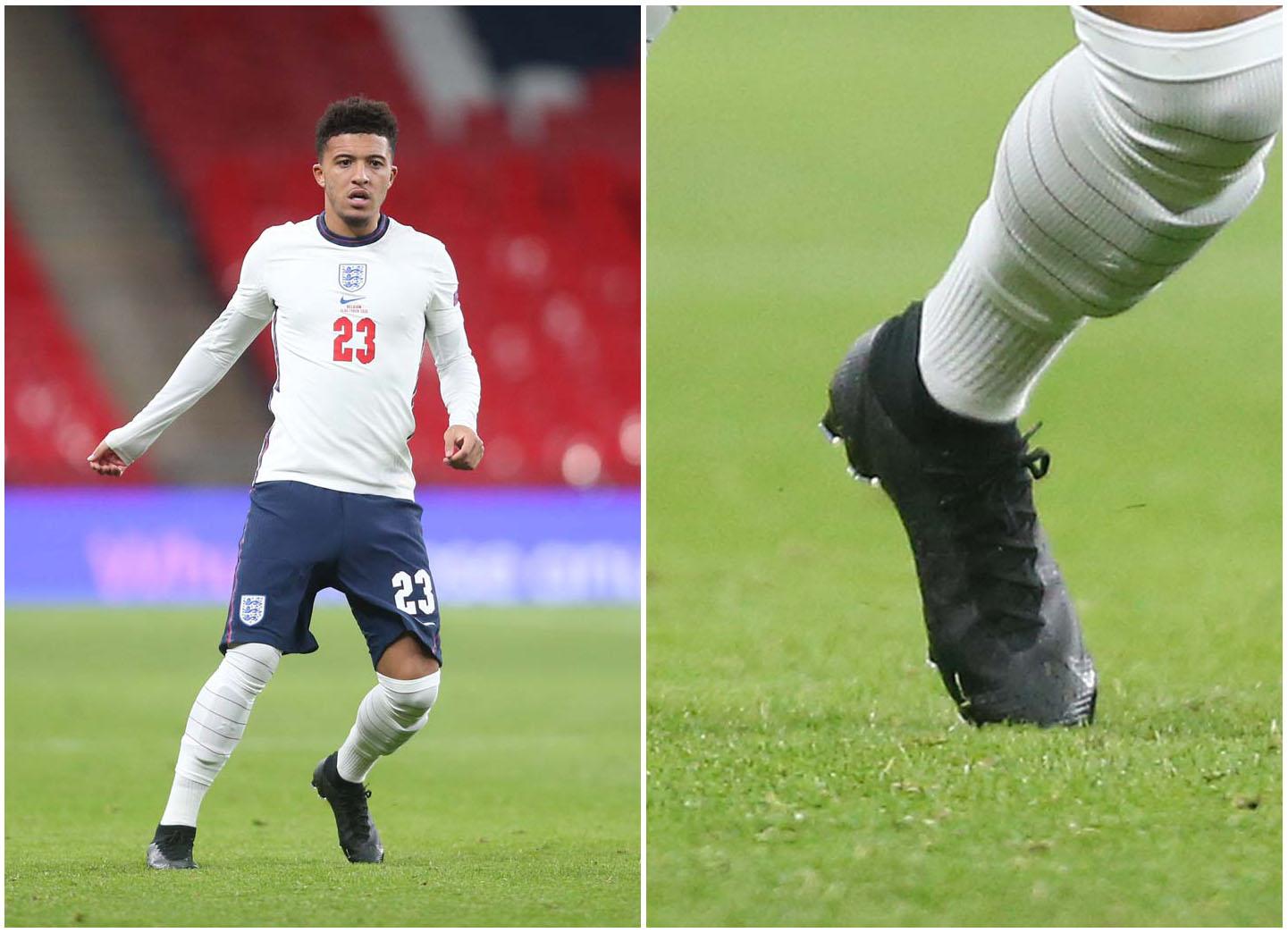 Sancho ra sân trong màu áo đội tuyển Anh với Nike Mercurial Superfly thế hệ mới