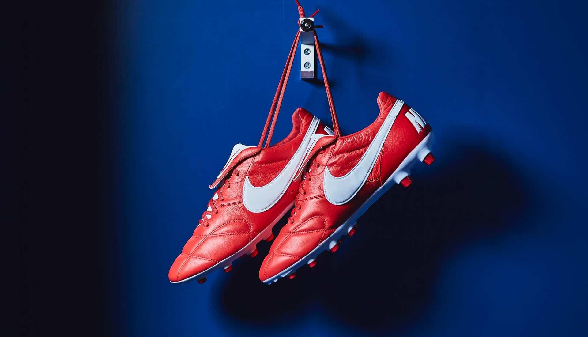 Top 5 thương hiệu giày đá bóng cầu thủ sử dụng nhiều nhất