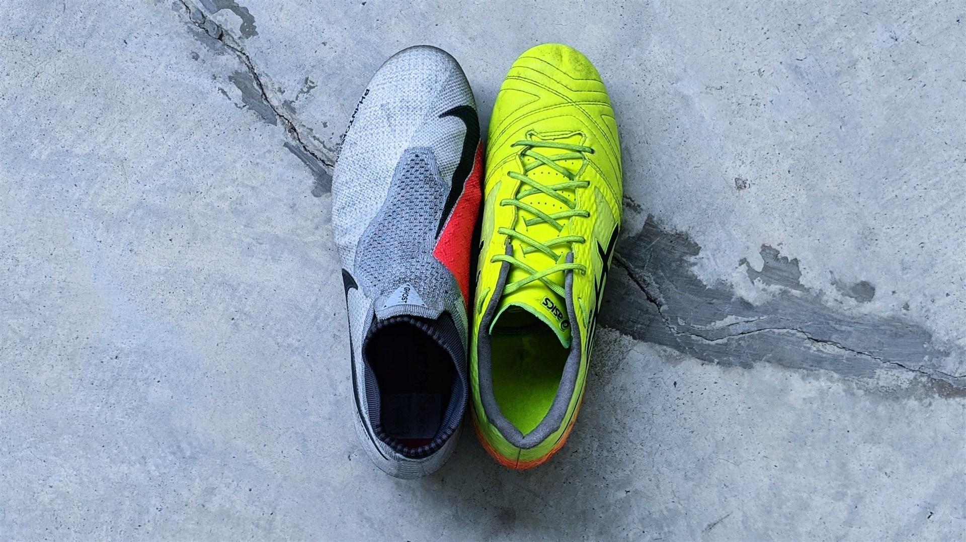 Chọn được đôi giày bóng đá có size và form giày phù hợp sẽ giúp bạn thoải mái hơn