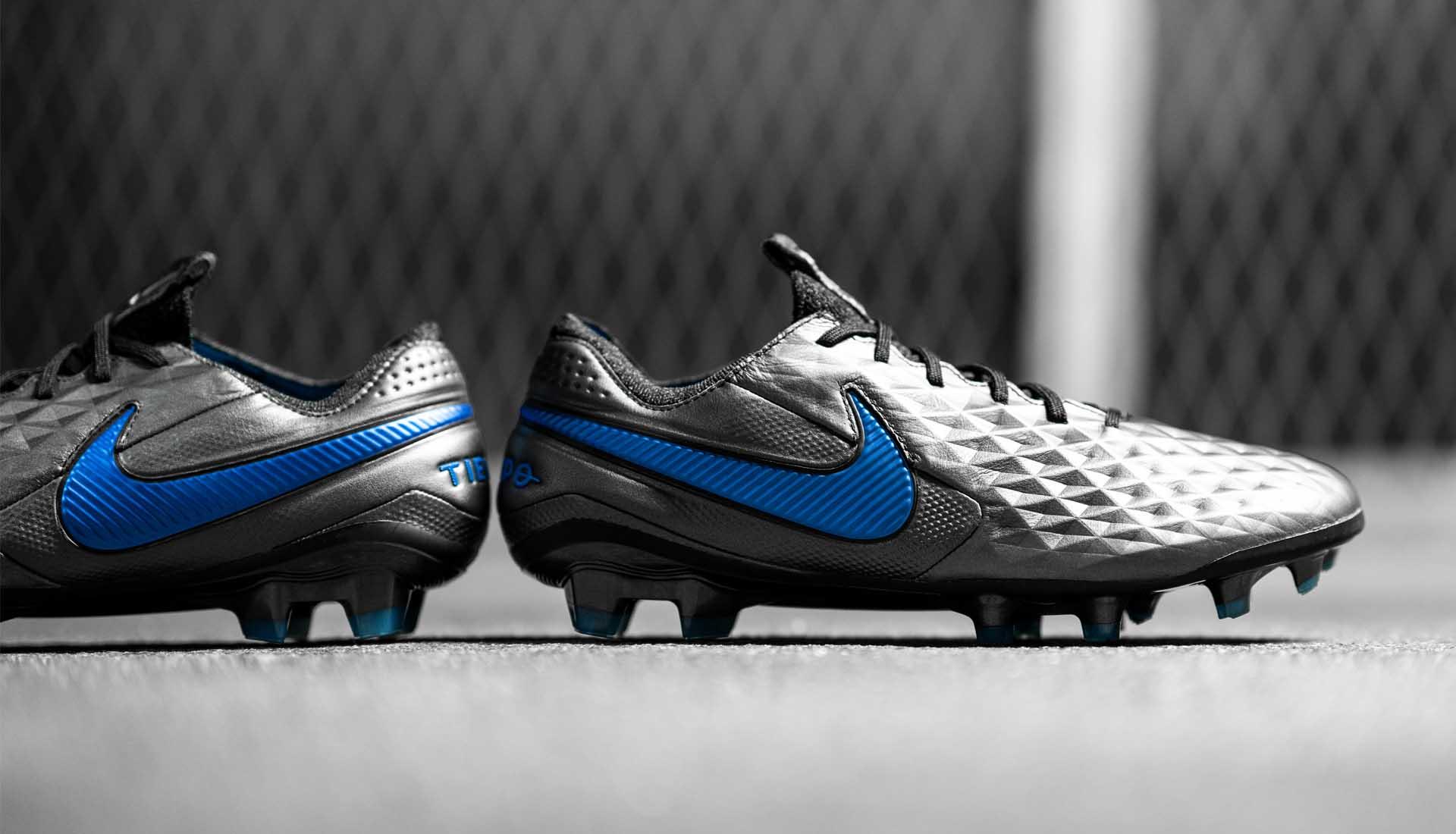Nike Tiempo là một dòng giày bóng đá có lịch sử rất lâu đời của Nike