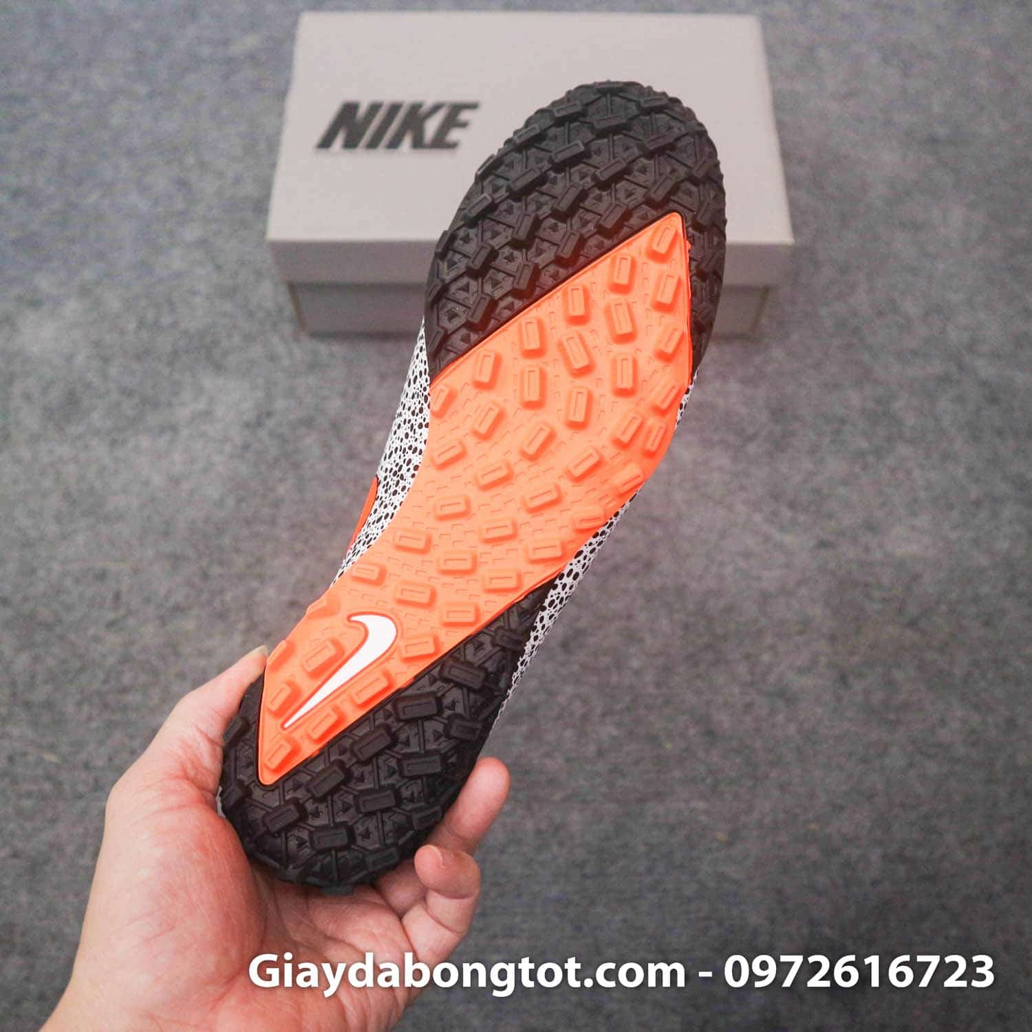 Giay da banh cao co nike mercurial superfly 7 elite tf cr7 safari trang den (9)