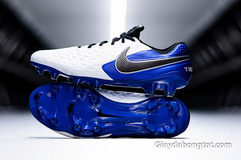 Phân khúc Elite chỉ được Nike sản xuất cho phiên bản giày sân cỏ tự nhiên đinh FG
